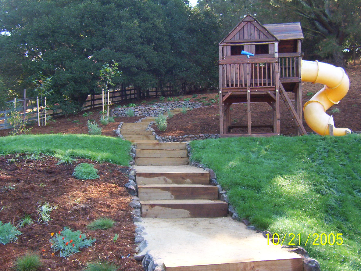 Landscaping Ideas For Hillside Backyard Home Interior Design 2016